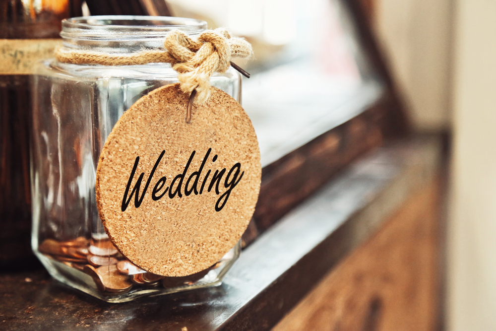 7 Ways to Cut Down on Wedding Costs